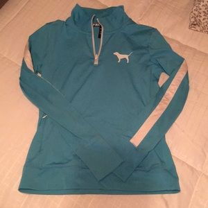 Vs Pink pull over